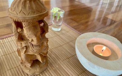 Oltarji in vzpostavljanje ravnovesja s štirimi naravnimi elementi 🌳🔥💨💦⠀